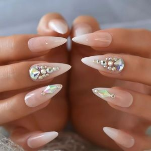 NWT rhinestone press on nails